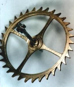 Ankerrad einer Einzeigerwanduhr um 1750